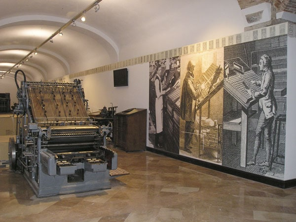 maquina de imprimir antigua
