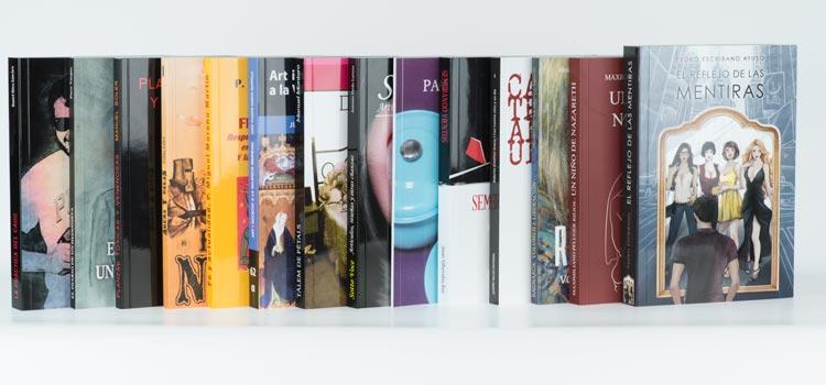 libros encuadernados tapa blanda