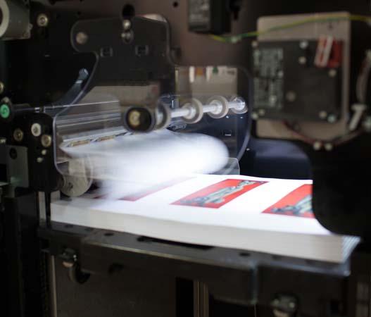 HP Indigo imprimiendo, detalle salida