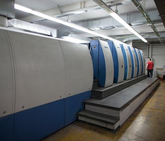 Maquina de impresión offset