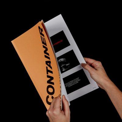 impresión de revista container