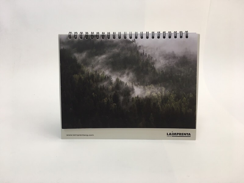 Calendario impreso en la imprenta cg