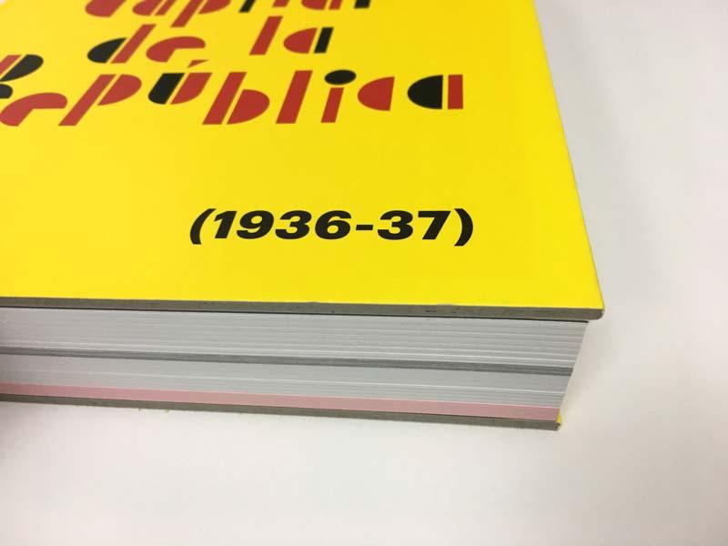 Detalle de cartón de la cubierta del catálogo Tot està per fer, València Capital de la República