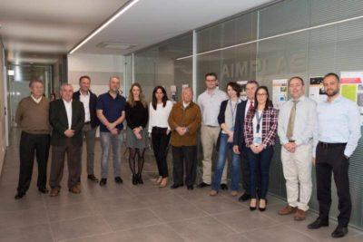 Participantes en la reunión de la industria gráfica valenciana