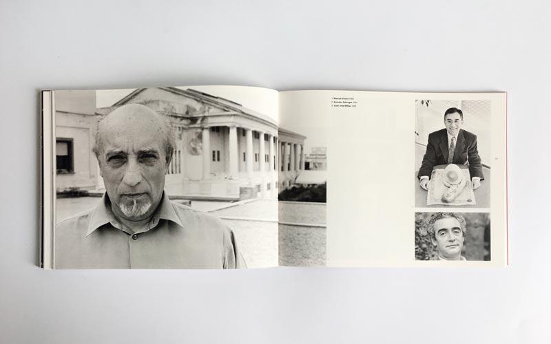 Interior del catálogo de la exposición La Valencia de El Flaco