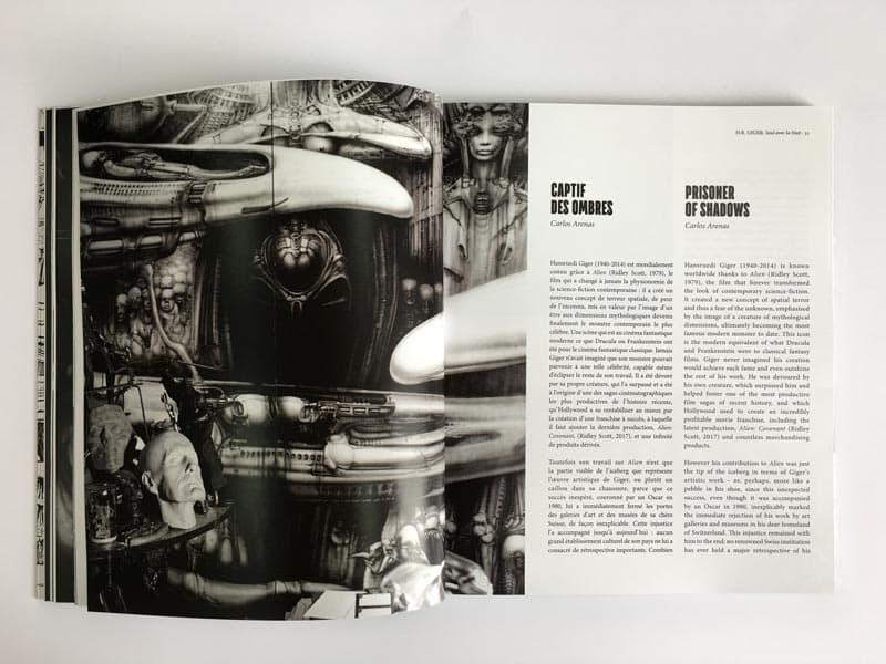 Interior catálogo de H.R. Giger
