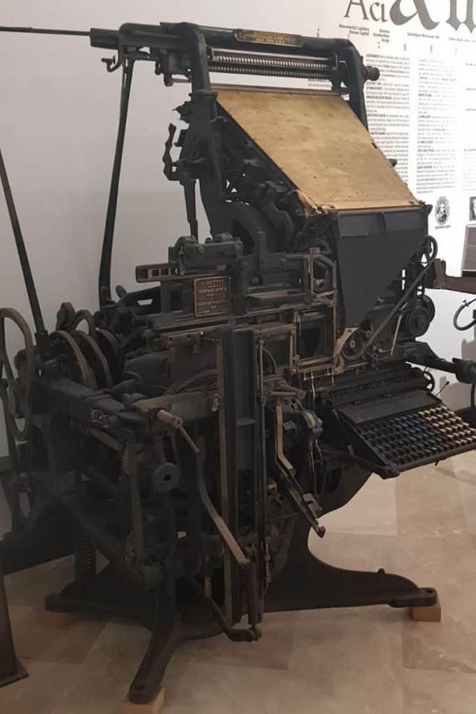 Linotipia del Museo de la Imprenta de El Puig.