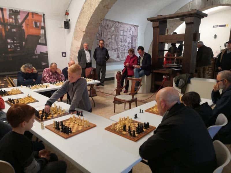 El Museo de la Imprenta ha inaugurado recientemente un nuevo espacio dedicado a la figura de Francesc Vicent, el primer divulgador del ajedrez moderno.