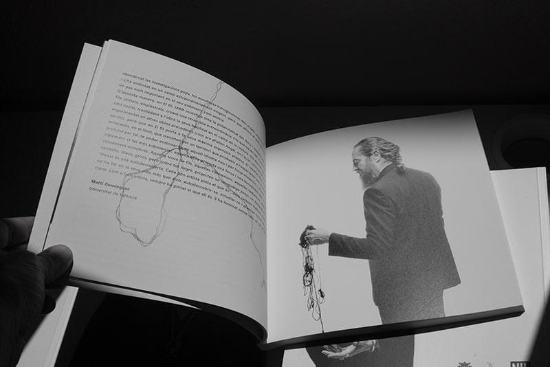 foto del autor en el catálogo